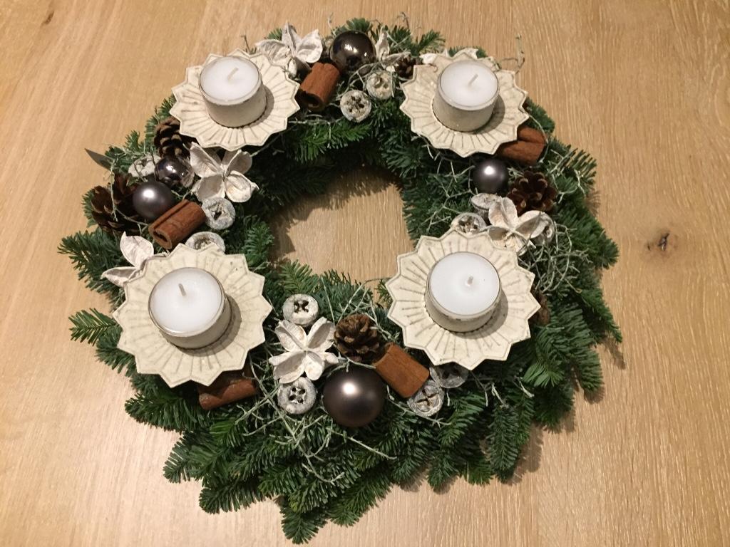 Wir wünschen eine schöne Adventszeit! | Perspektive Jugendhilfe